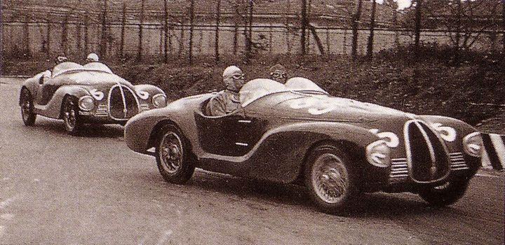1940 metais Enzo Ferrari sukurtas lenktyninis automobilis AAC 815