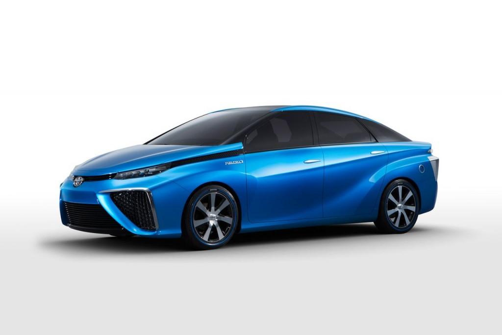 Toyota, madingiausios automobiliu markės 2015